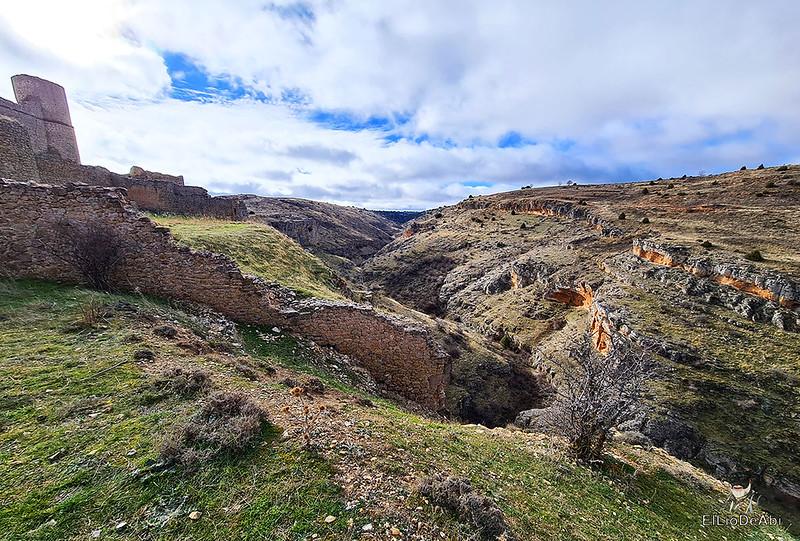 Visitando Caracena y su castillo (33)