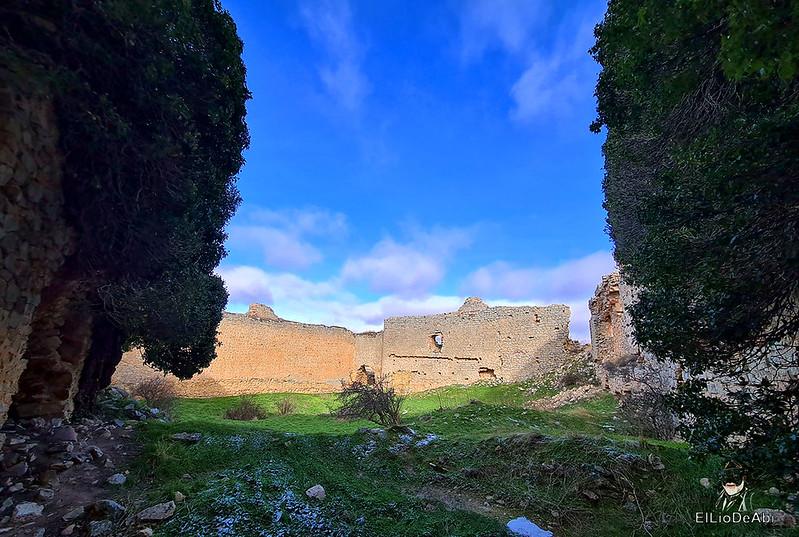 Visitando Caracena y su castillo (25)