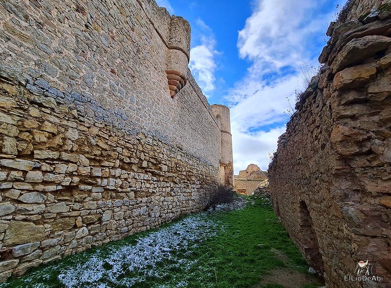 Visitando Caracena y su castillo (21)