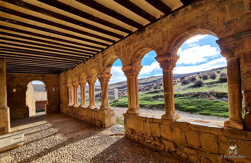 Visitando Caracena y su castillo (13)