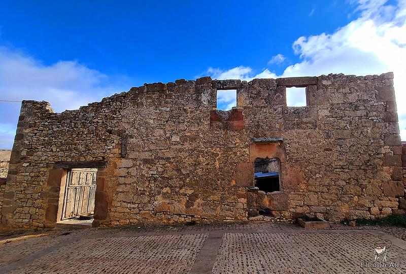 Visitando Caracena y su castillo (9)