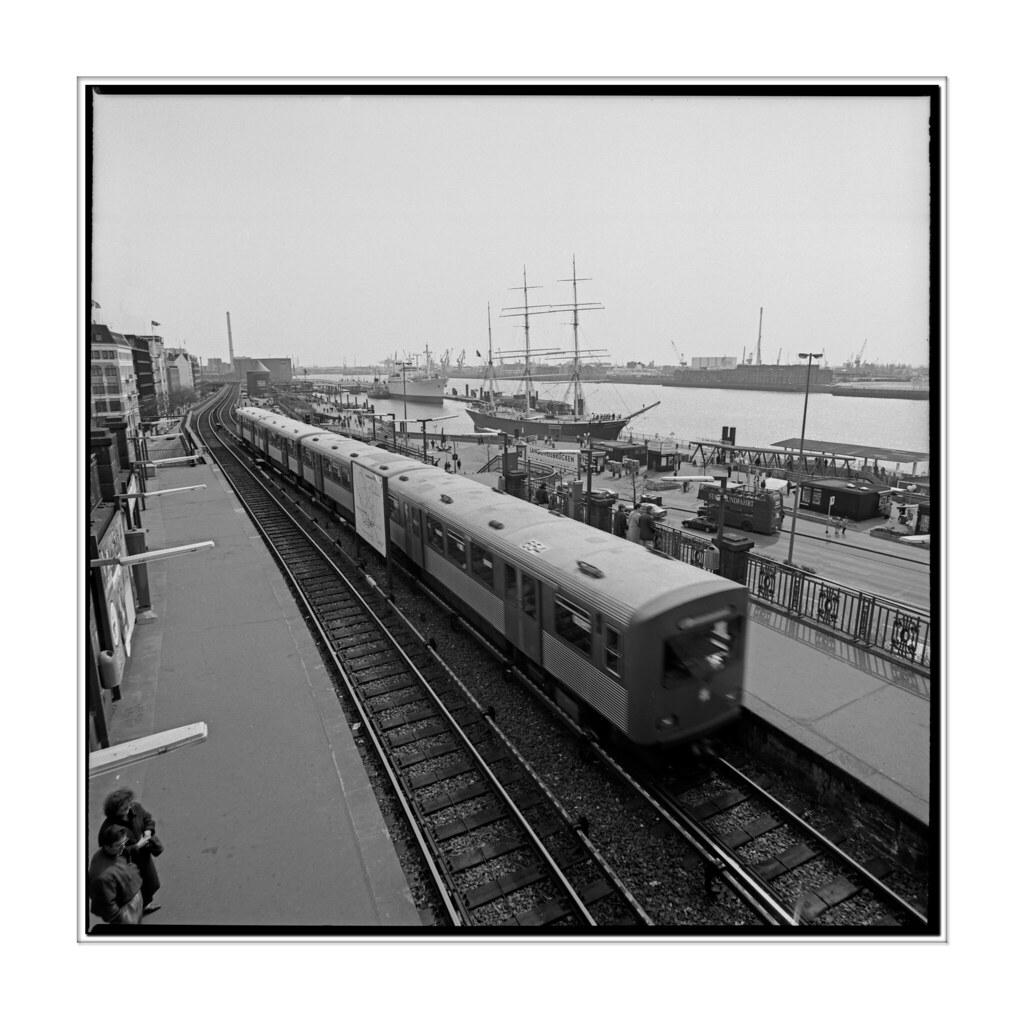 St. Pauli, Landungsbruecken, 1991