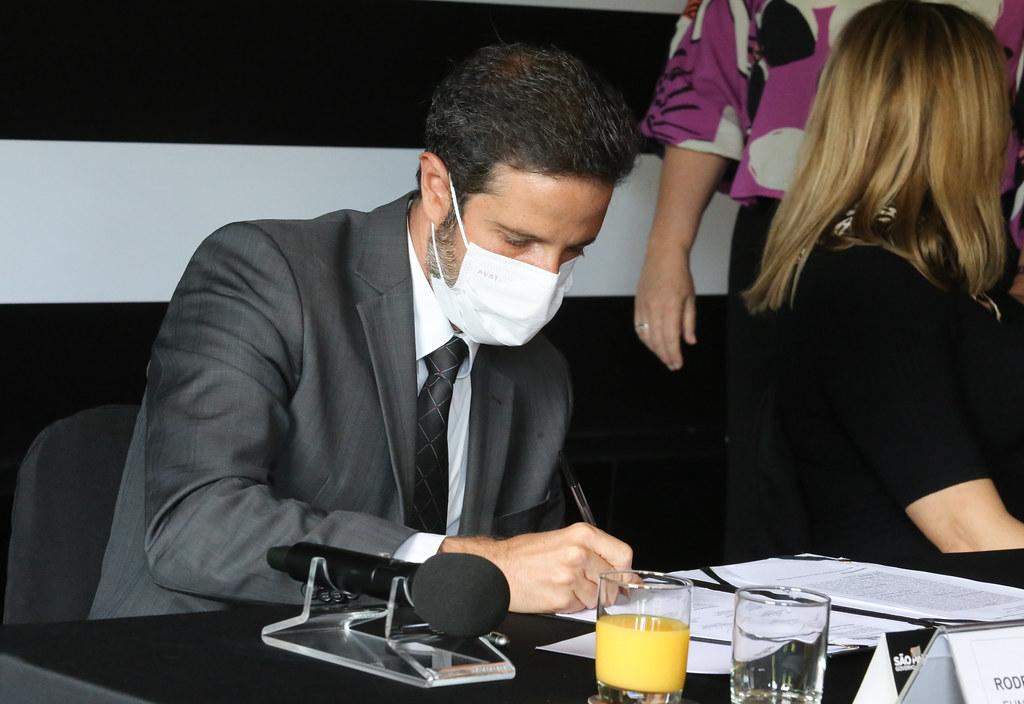 Assinatura do Contrato da Concessão do Caminhos do Mar