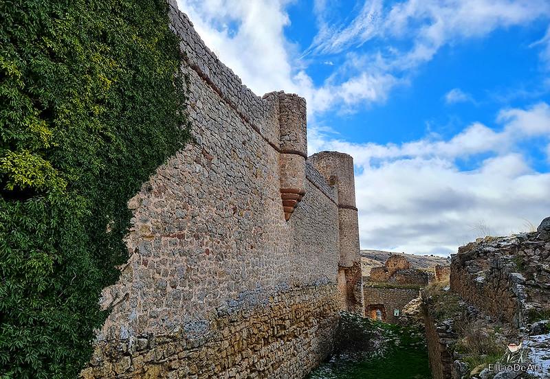 Visitando Caracena y su castillo (29)