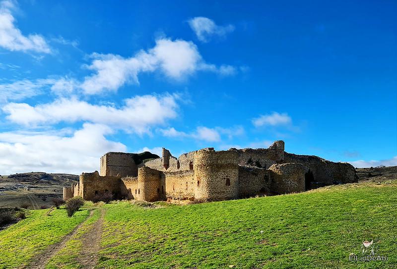 Visitando Caracena y su castillo (17)