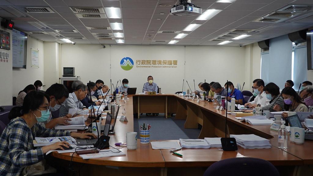 環保署今(17日)進行台南新市產業園區第一次專案小組初審會議。孫文臨攝