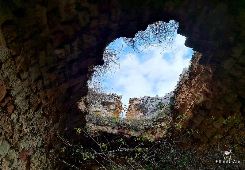 Visitando Caracena y su castillo (23)