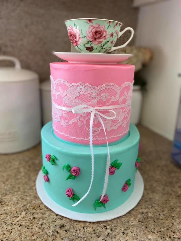 Cake by XOXO Cakes