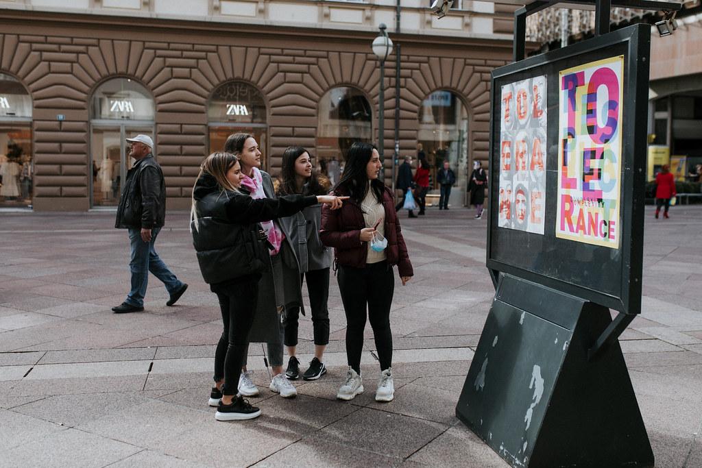 Izložba Tolerancija u izlozima Grada Rijeke do 30. ožujka 2021.