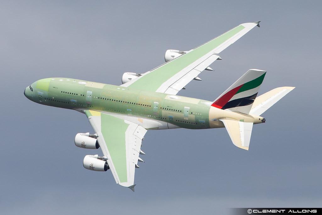 Emirates Airbus A380-842 cn 272 F-WWSH // A6-EVS