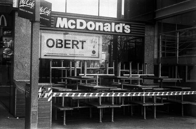 Obert? No crec / Open? Really?