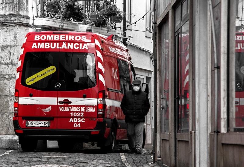 Fotografia em Palavras: Ambulância