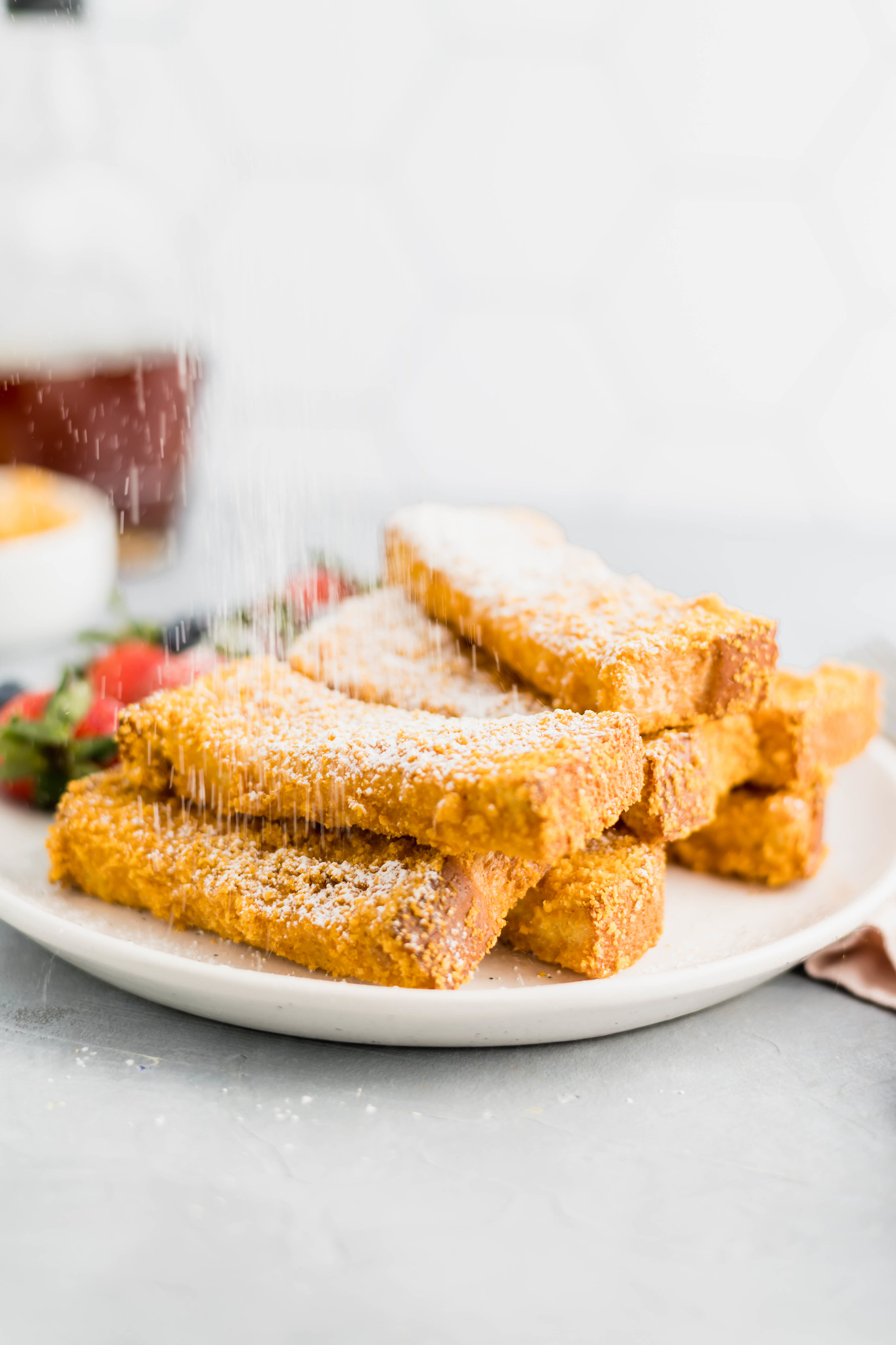 These Crunchy French Toast Sticks are sure to become a family favorite. Thick cut bread cut into sticks and coated in your favorite cereal crumbs.