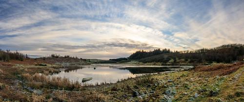 wreck eastrenfrewshire landscape winter waterscape walking snypesdam panorama boat scotland neilston reservoir glasgow