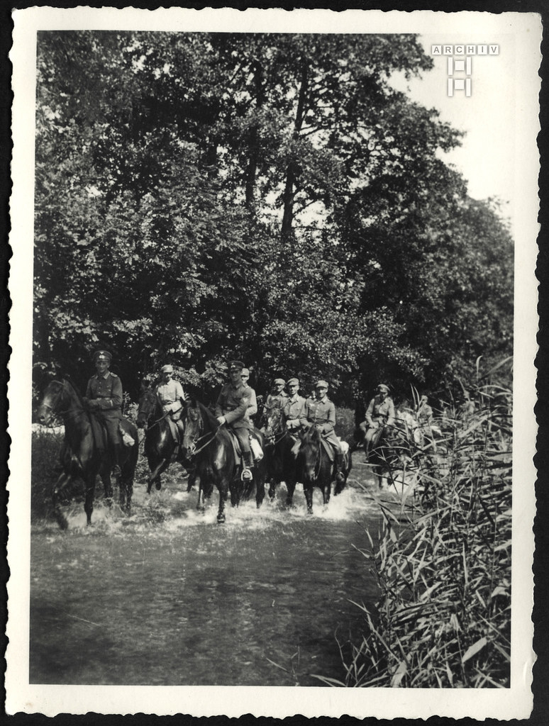 ArchivTappen23AAl2g54 Fahnenjunker, Reiterabteilung, 1934