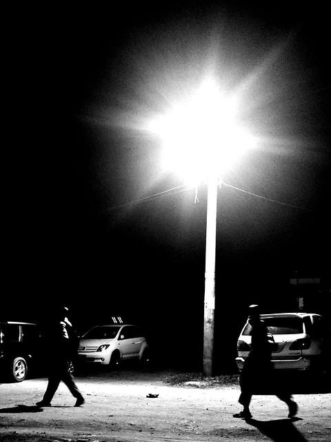 Juba_Night_Streetligt_BullenChol