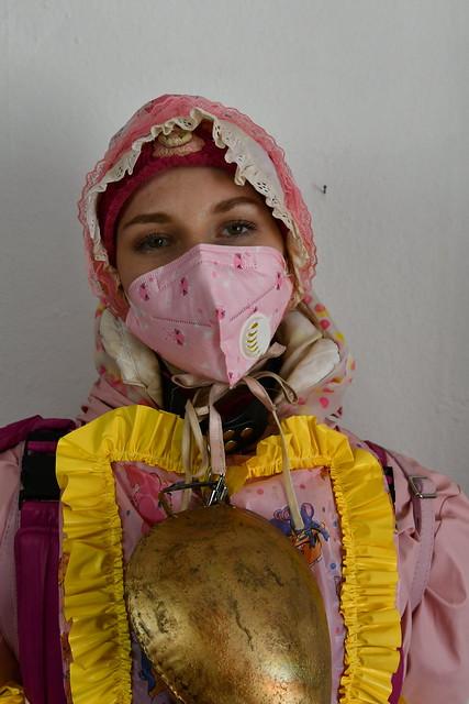 Alis deutsches Dhimmi Dienstmädchen Andine
