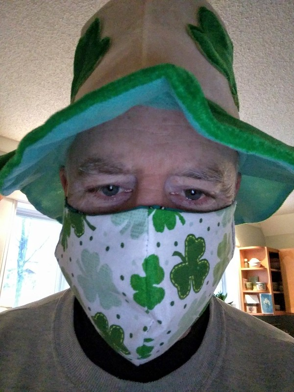 St Paddy Mask and Hat