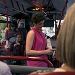 bus . Les