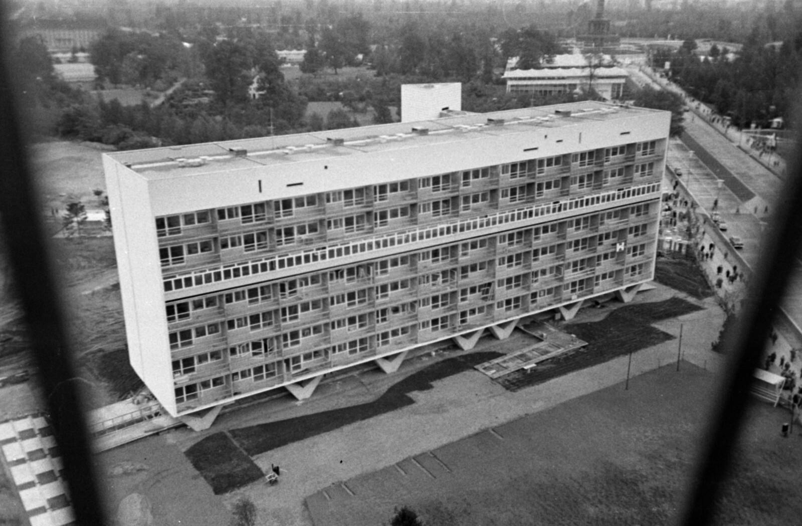 05. 1957. Западный Берлин. Альтонарштрассе, Оскар-Нимейер-Хаус.