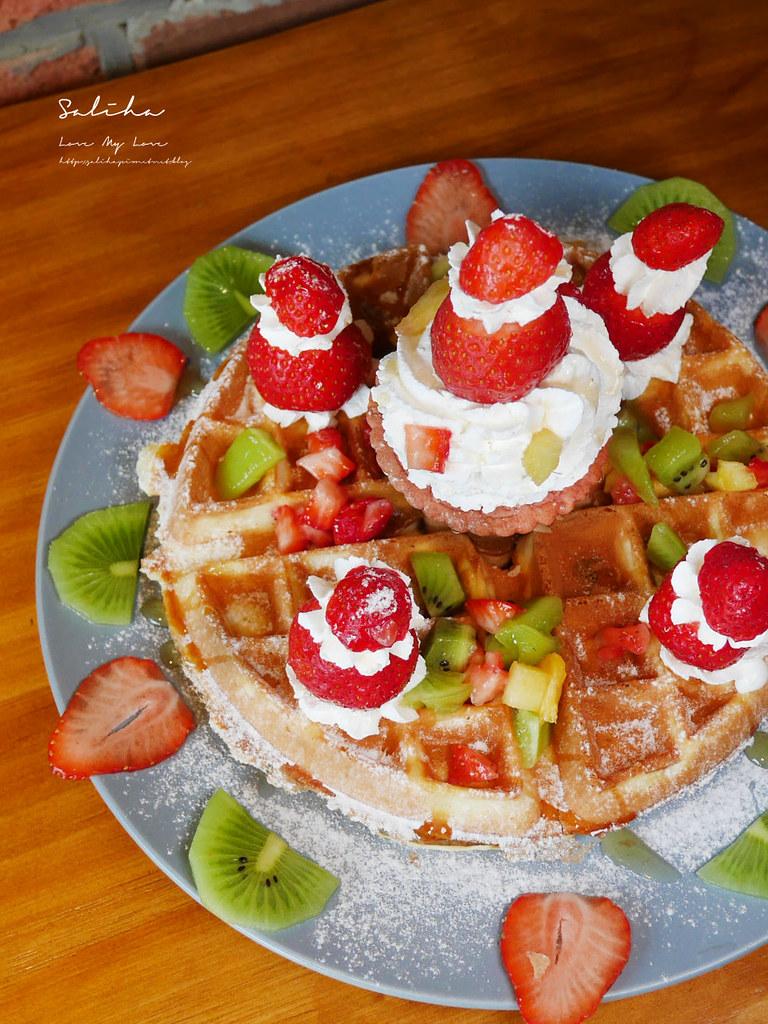 台北甜點推薦草莓控必吃甜點浮誇系草莓鬆餅草泥Cafe 大安區安和路咖啡廳 (1)