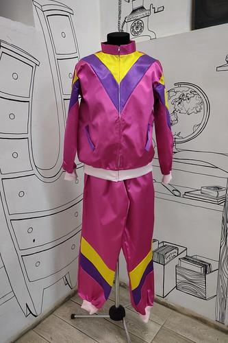Мужской карнавальный костюм Спортивный костюм из 90х