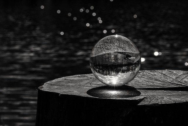 A beautiful world in a ball ⬛⬜