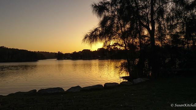 Lagoon sunset. La fin de la journée en Lagune Narrabeen.