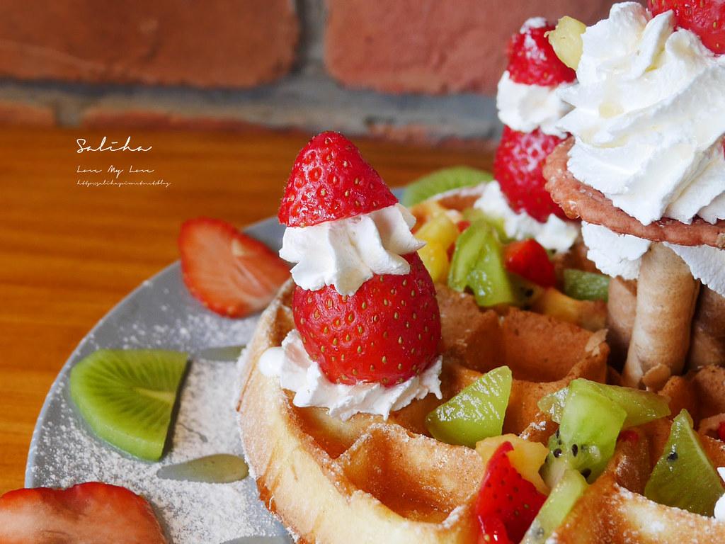 台北甜點推薦草莓控必吃甜點浮誇系草莓鬆餅草泥Cafe 大安區安和路咖啡廳 (2)