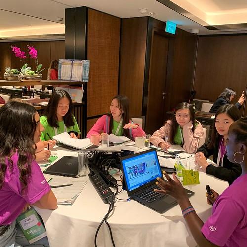 Mikaila Ulmer inspiring future female entrepreneurs in Singapore!