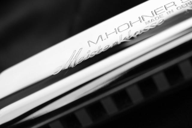 Black & white blues / Olympus zuiko 50mm 3.5 macro