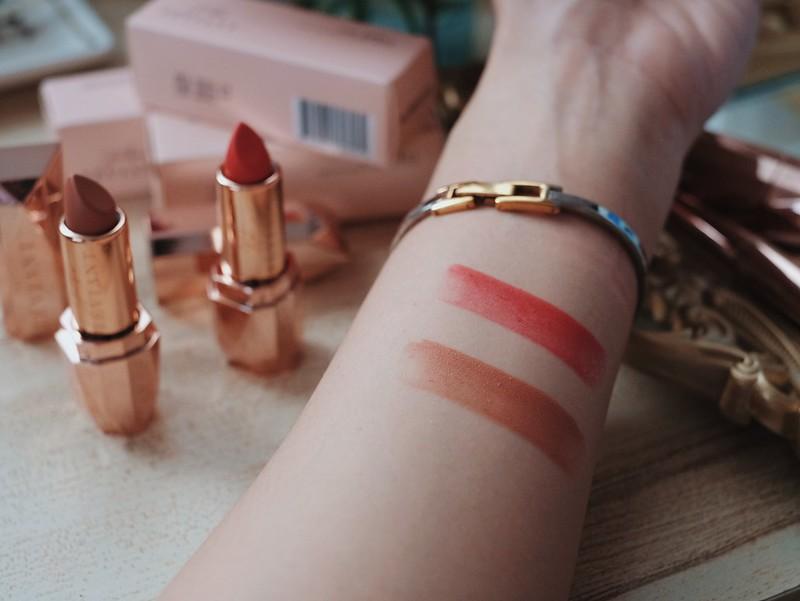 Teviant Lipstick Lip Spell Haute and Elizabeth