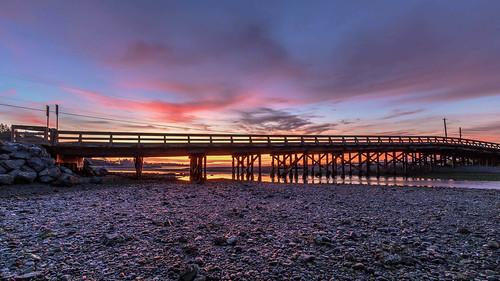 esquimaltlagoon bridge coburg peninsula morning daybreak sunrise scenic waterfront beach rocks pebbles clouds prioux