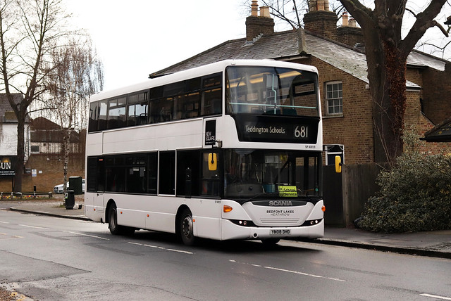Route 681, London United, SP40019, YN08DHD
