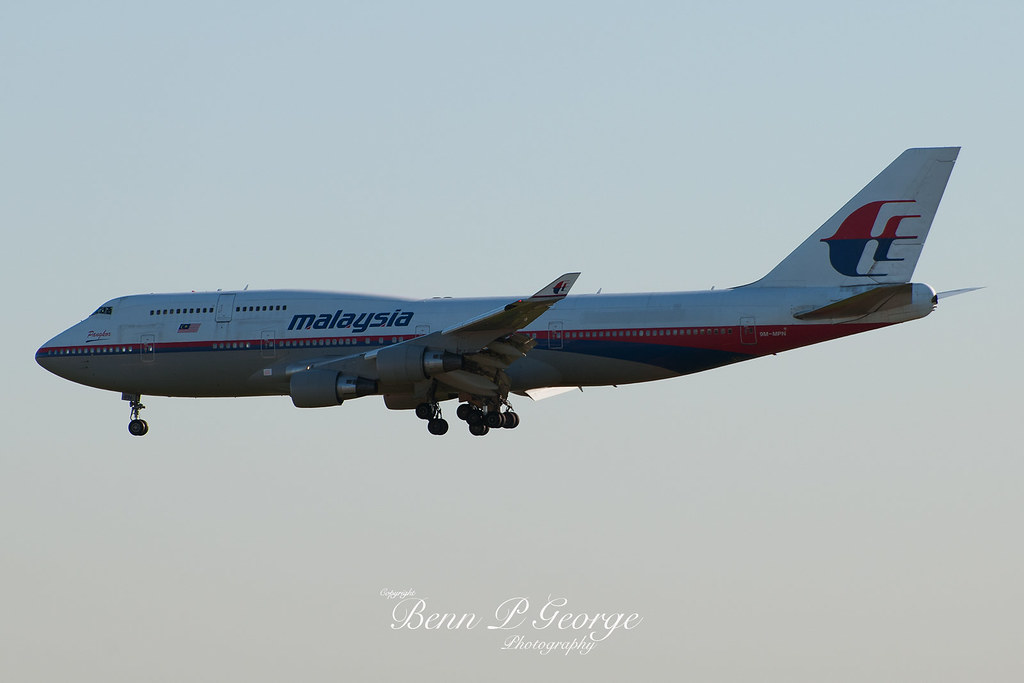 747-4H6-MALAYSIA-9M-MPN-10-10-10-HEATHROW