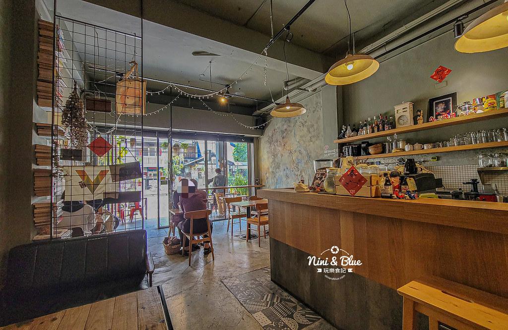 Roundabout Cafe 圓環咖啡台中草莓布丁01