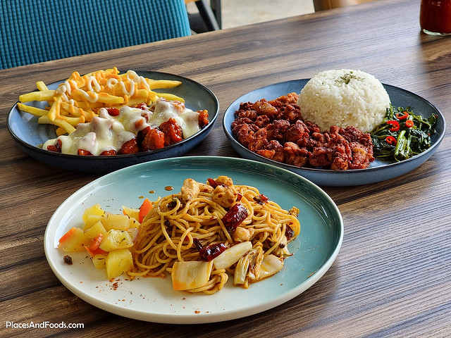 liverpool fans cafe malaysia food