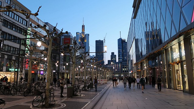 Zeil promenade, Frankfurt