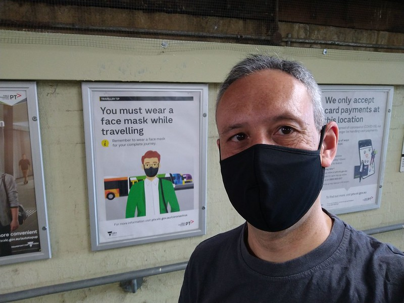 Wearing a facemask in the station