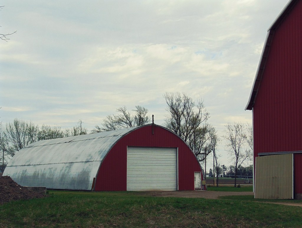 Quonset with a Red face