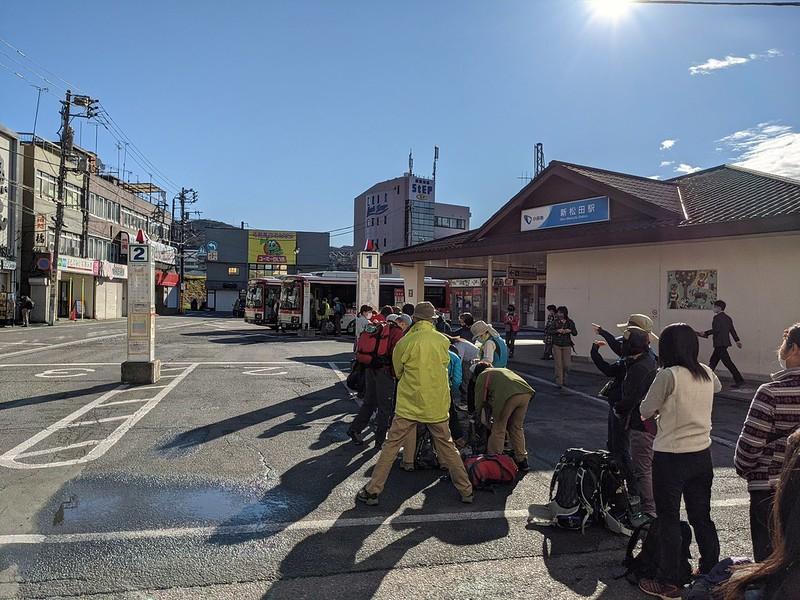 西丹沢へ行く新松田駅