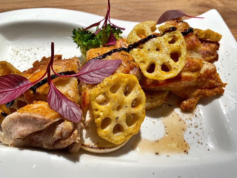 鶏モモ肉のカリカリ焼き