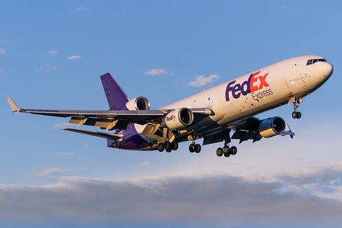 minneapolisstpaulinternationalairport kmsp msp mspairport fedex md11f n529fe cargoplane aviation airplane mcdonnelldouglas sunrise