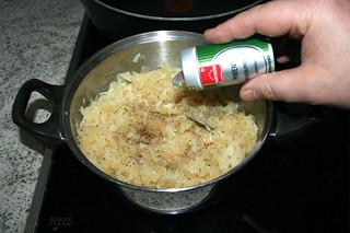 09 - Taste with salt, pepper & allspice / Mit Salz, Pfeffer & Piment abschmecken