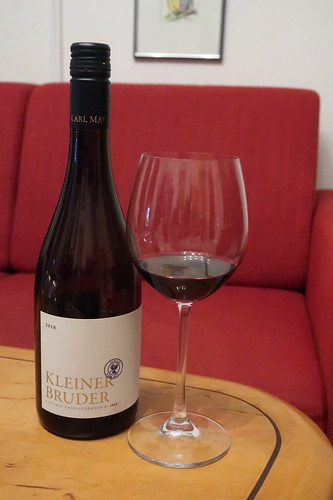 """Bio-Rotwein """"Kleiner Bruder"""" (Cuvée aus St. Laurent, Regent und Dornfelder vom Weingut Karl May in Rheinhessen)"""