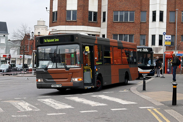SWR Rail Replacement, Bear Buses, LDP186, Y986TGH