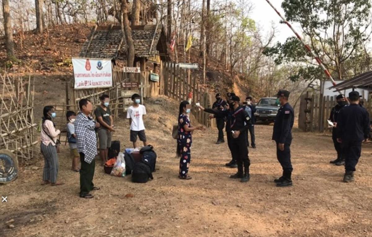 เผยภาพอดีตมุขมนตรีรัฐคะยาพร้อมครอบครัวอพยพเข้าไทยขอลี้ภัย