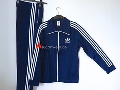 UNWORN VINTAGE ADIDAS FULL TRACKSUIT (TRACKTOP AND TROUSERS)