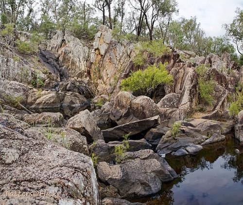 australia queensland crowsnestnationalpark crowsnest creek riverbed rocks waterfalls stitch