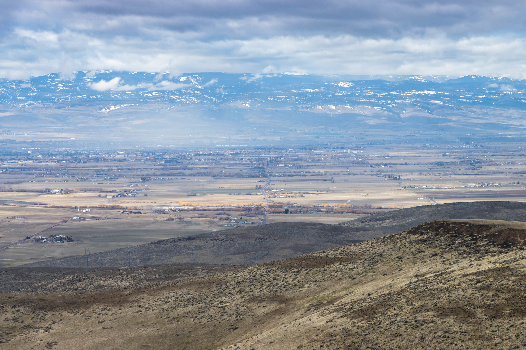 Kittitas Valley from Farmer's Hat